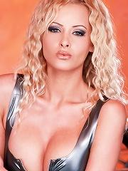 Sexy-Babes.tv (Pics) - Zdenka Podkapova - Blonde Zdenka Podkapova shows tits and pussy at the bar
